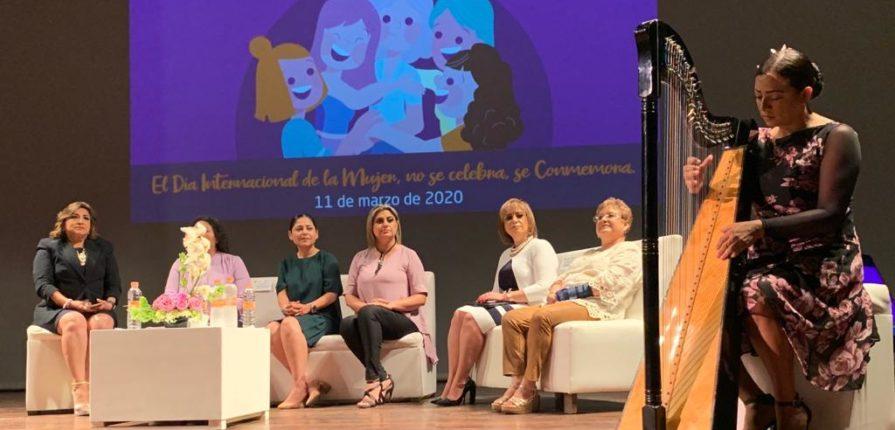 Foro mujer de voz a voz 2020
